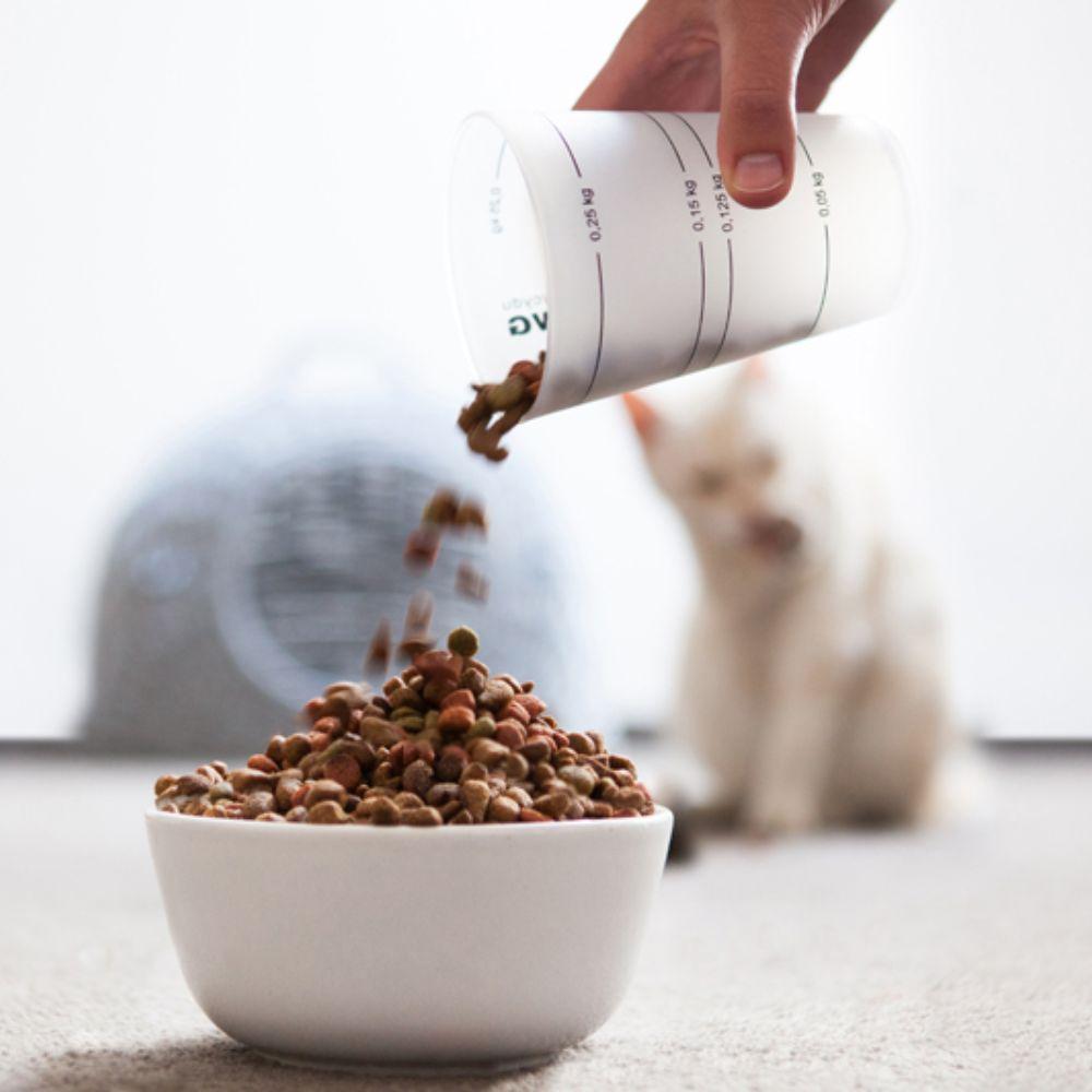 miarki.net - kubek miarka ze skalą do karmienia zwierząt